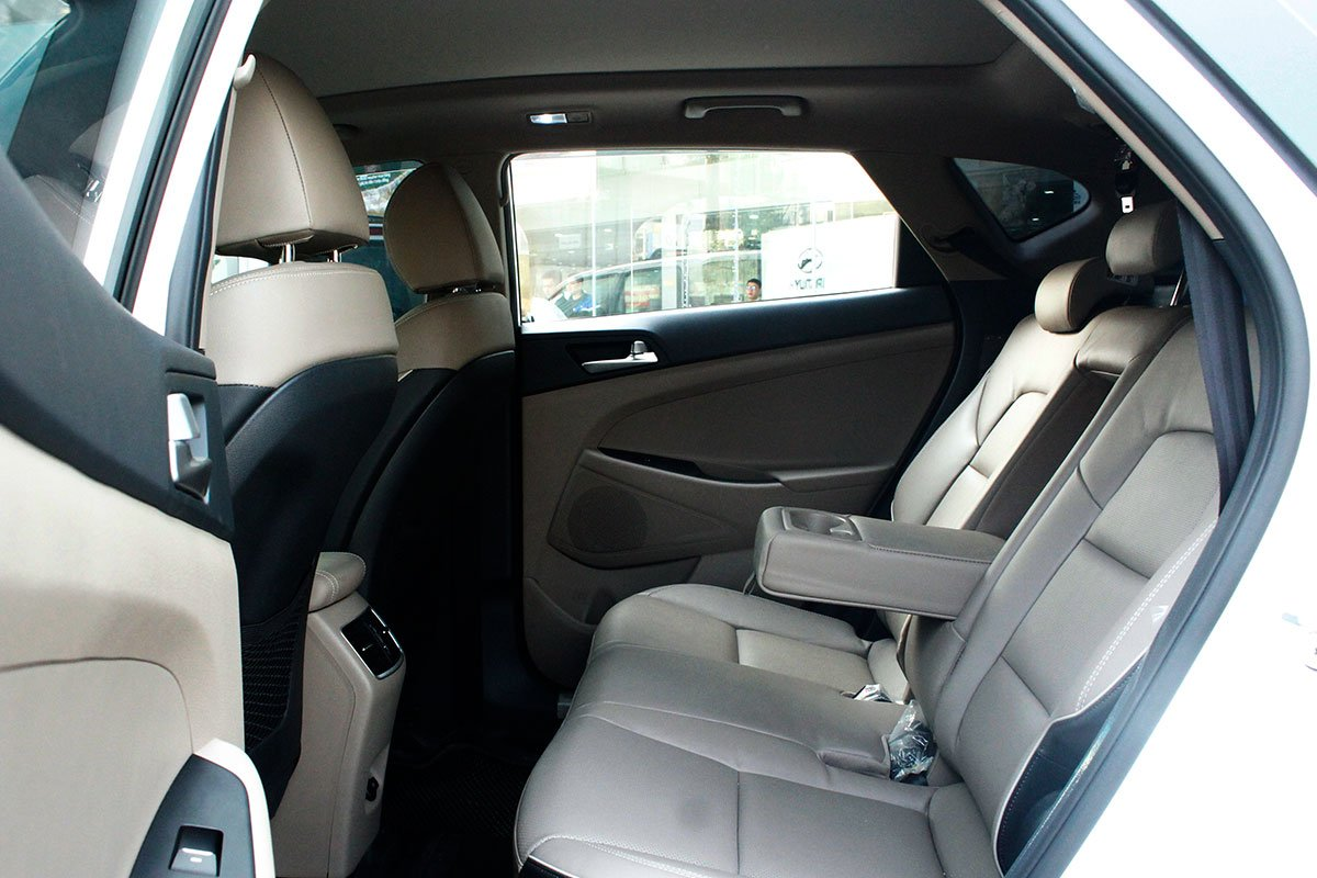 Ảnh chụp ghế sau xe Hyundai Tucson 2020