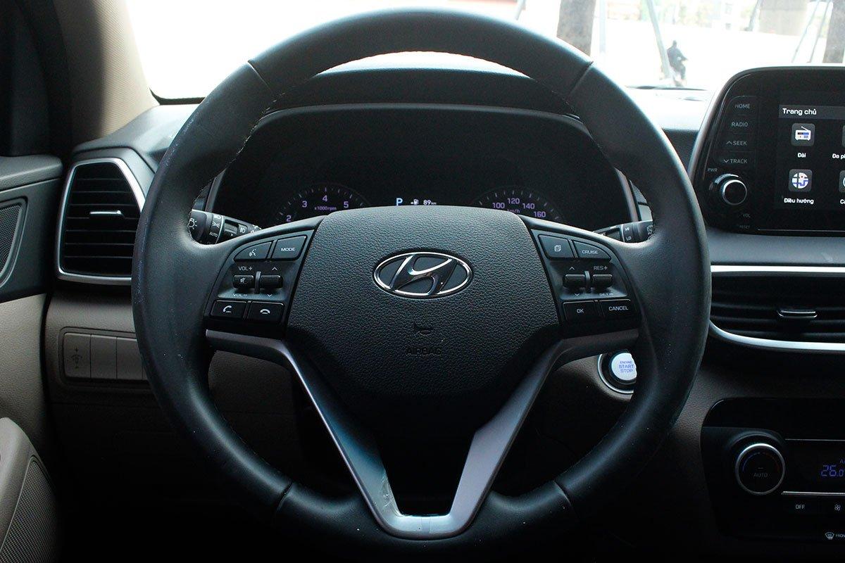 Ảnh chụp vô-lăng xe Hyundai Tucson 2020