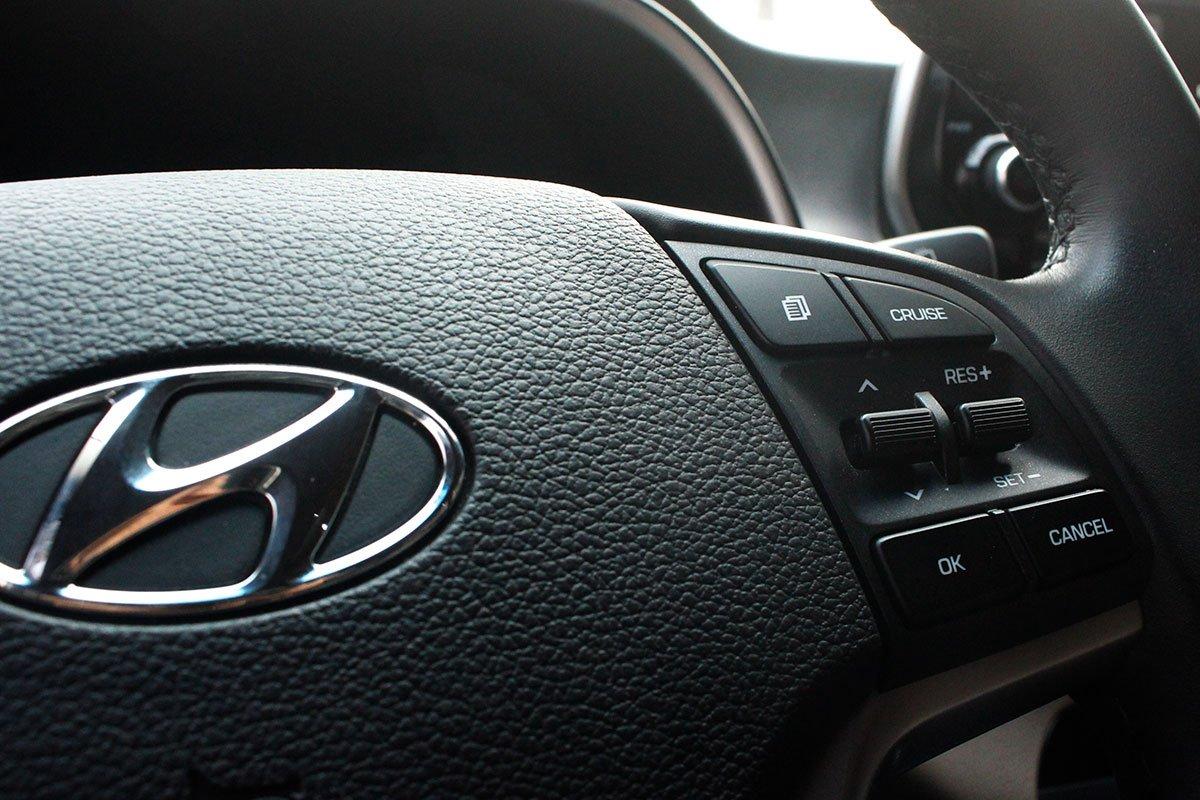 Ảnh chụp ga tự động xe Hyundai Tucson 2020