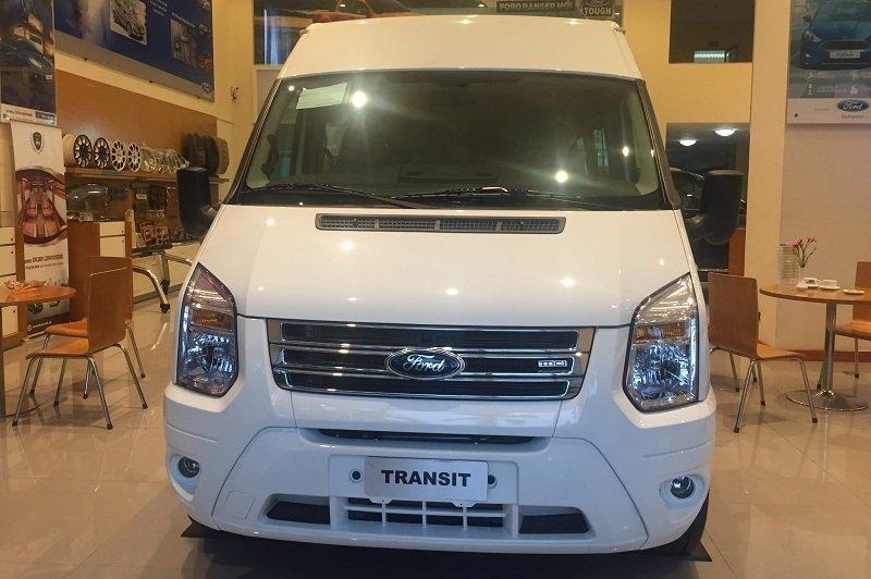 Thiết kế đầu xe Ford Transit 2020 1
