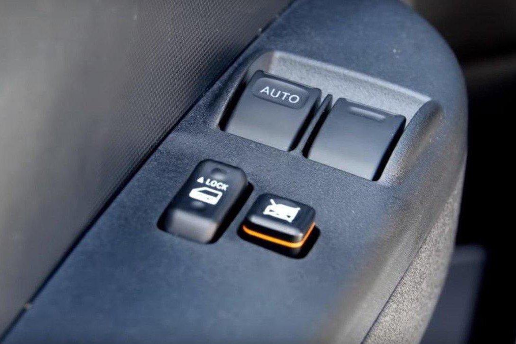 Các trang bị tiện nghi trên xe Toyota Hiace 2020 2