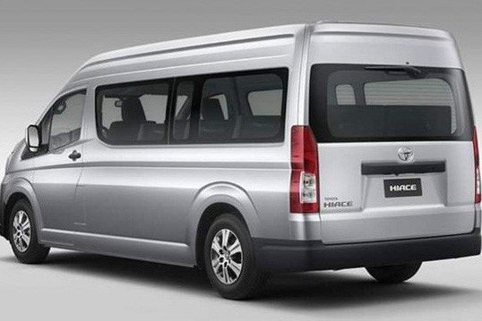 Thiết kế thân xe Toyota Hiace 2020 1