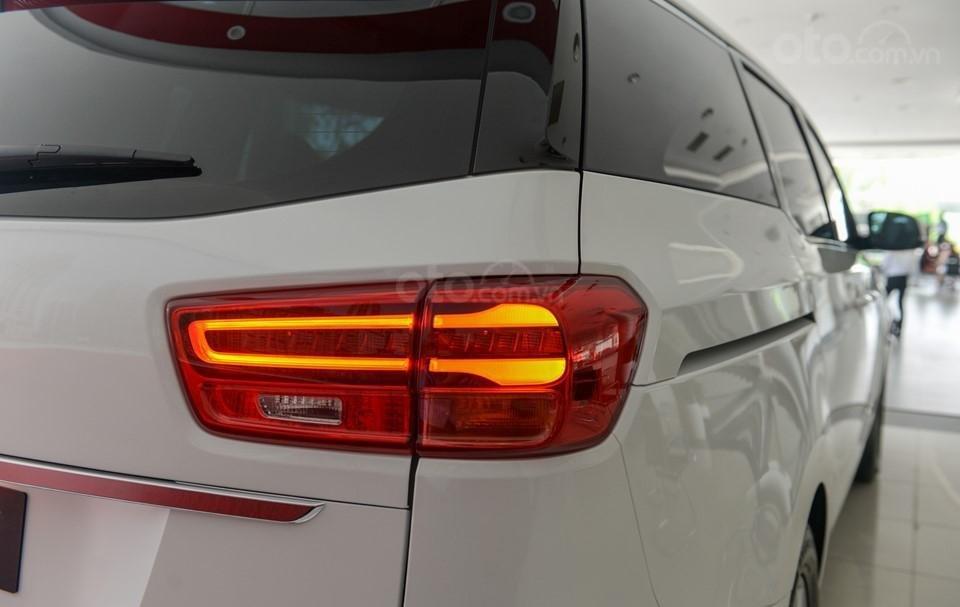 Kia Sedona 2020 - ưu đãi khủng - tặng bảo hiểm vật chất + camera hành trình + phụ kiện, liên hệ hotline: 0933.052.663 (8)