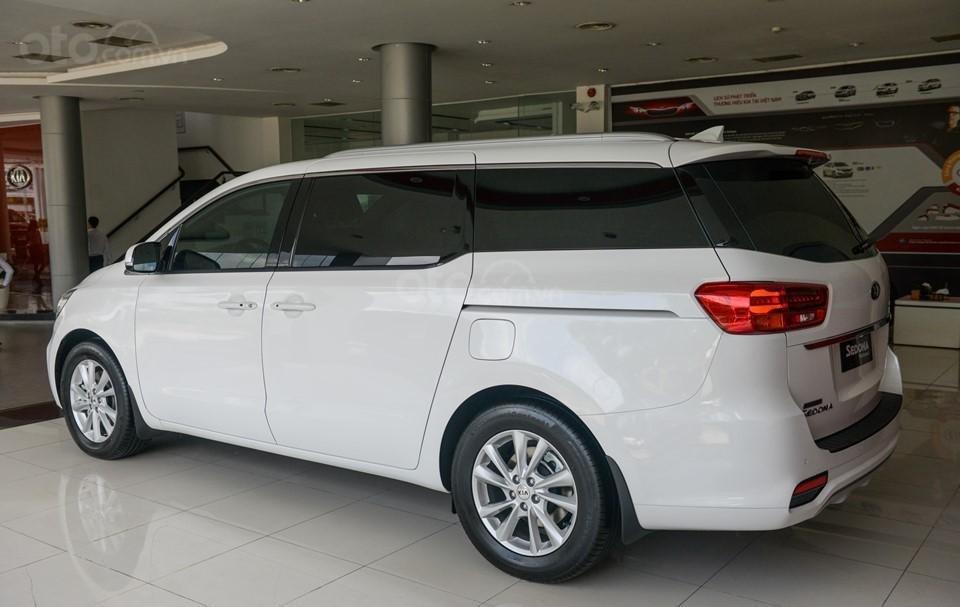 Kia Sedona 2020 - ưu đãi khủng - tặng bảo hiểm vật chất + camera hành trình + phụ kiện, liên hệ hotline: 0933.052.663 (12)