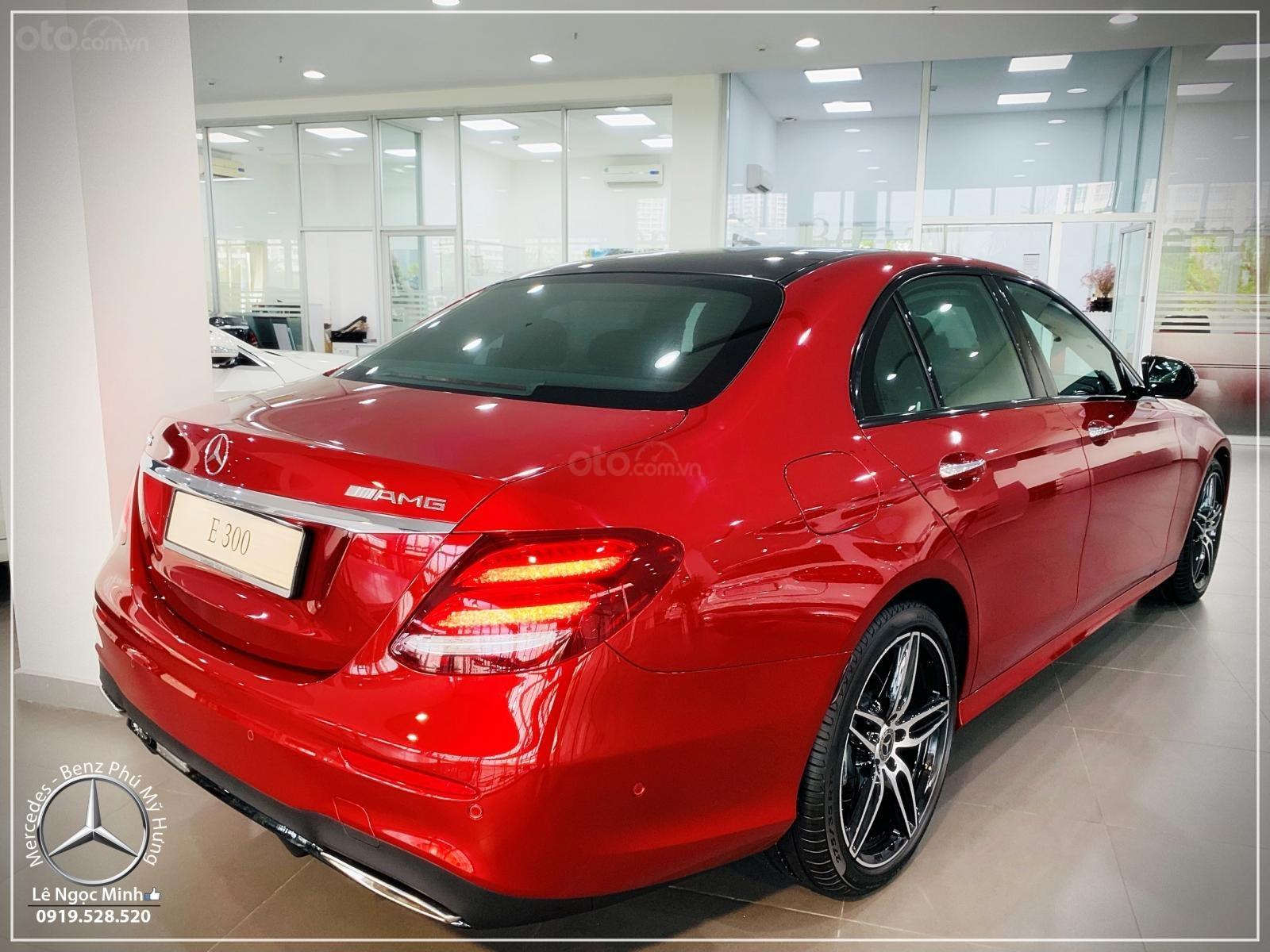 Cơ hội tốt nhất để mua Mercedes-Benz E300 New - KM 100% thuế trước bạ, trả 799 triệu nhận xe  (6)