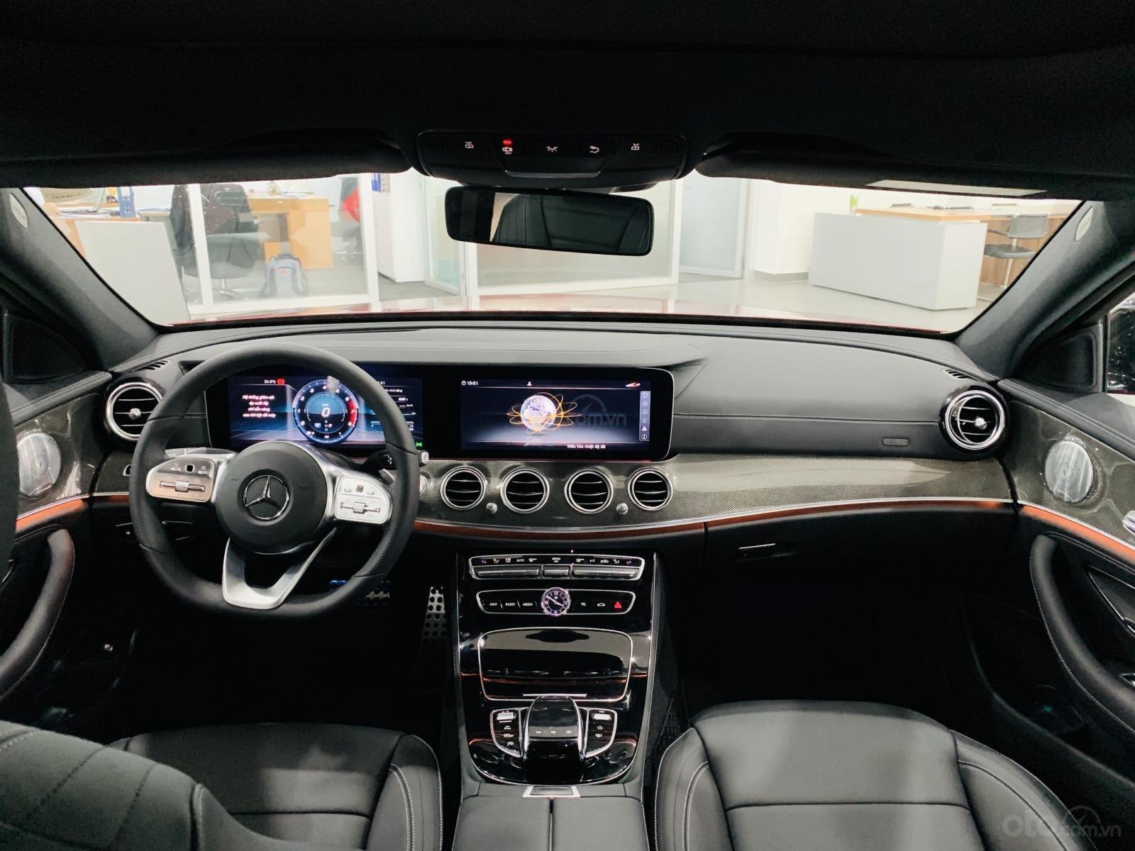 Bán Mercedes-Benz E300 AMG NEW- Hỗ trợ 100% TTB + hỗ trợ Bank 80%, trả trước 799 triệu nhận xe  (10)
