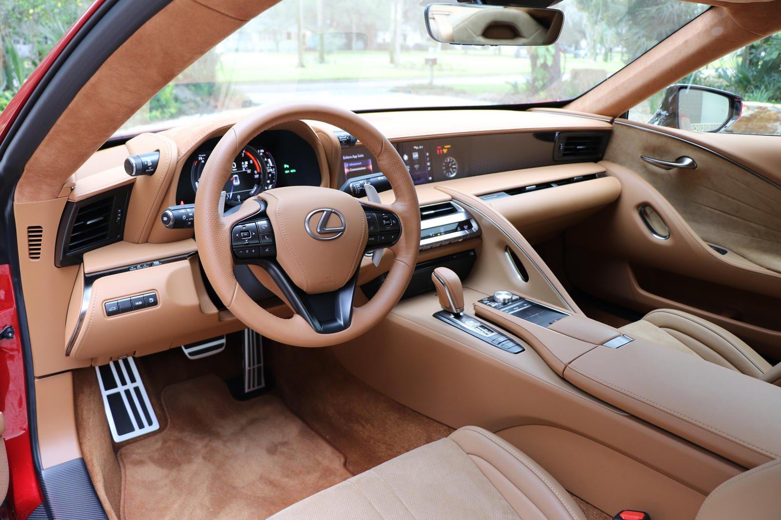 Nội thất của Lexus LC500 2019.