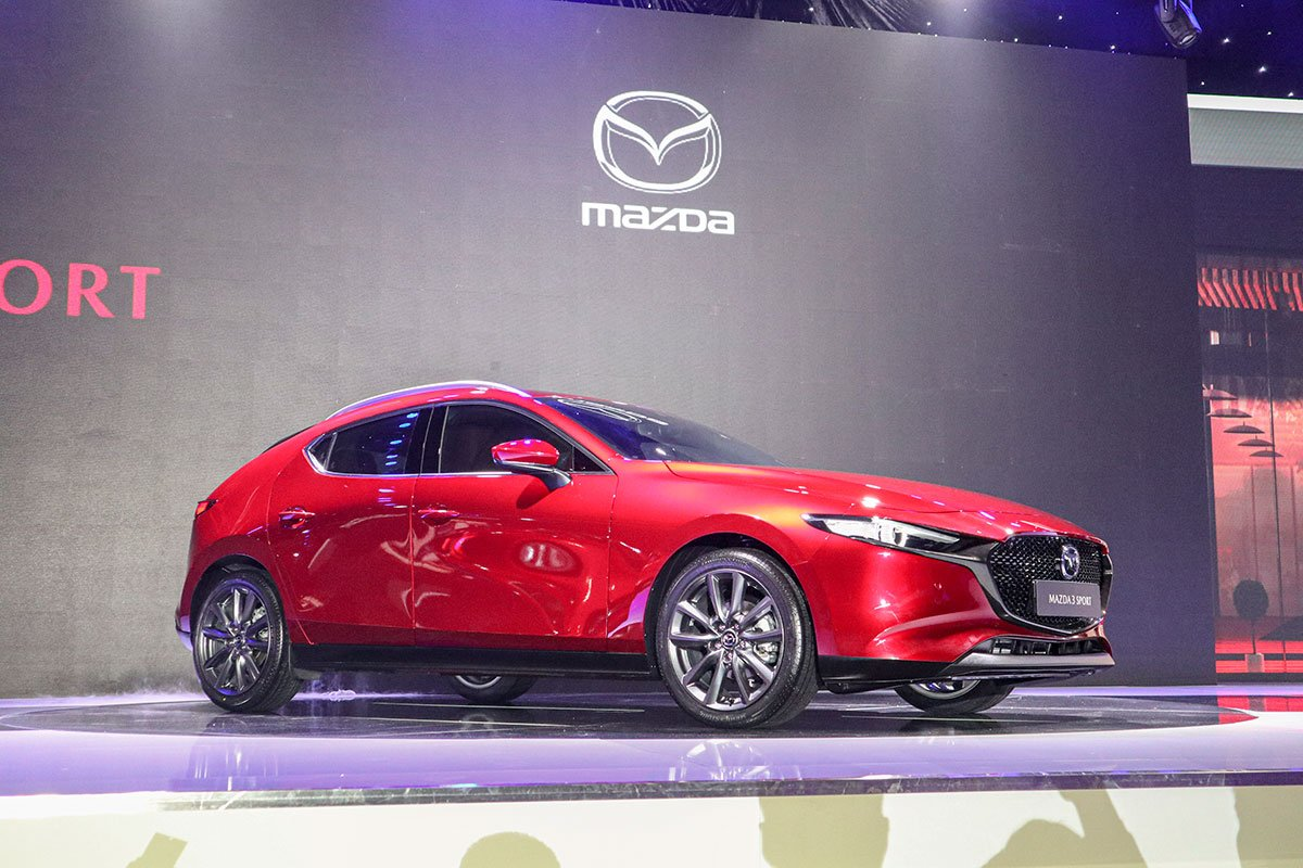 Mazda 3 mới tại Việt Nam cũng được ưu đãi từ 10-20 triệu đồng kèm quà tặng 1