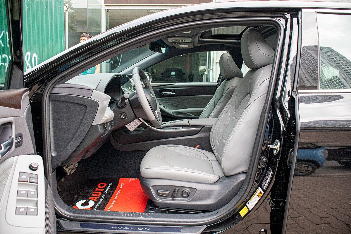 Toyota Avalon Hybrid 2020 đầu tiên về Việt Nam có gì đặc biệt a10