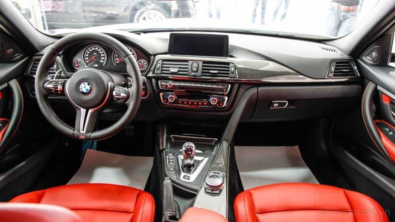 Nội thất xe BMW M3