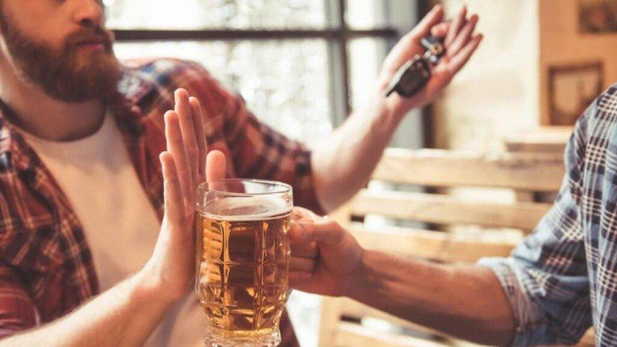 So với các quốc gia khác, mức xử phạt cho tài xế sử dụng rượu bia khi tham gia giao thông còn khá nhẹ nhàng 1