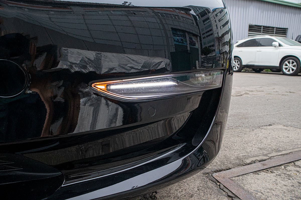 Ngắm xe hơi thuần điện Tesla Model 3 tại Việt Nam, nhiều chi tiết thú vị a5