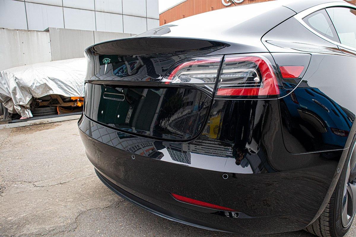 Ngắm xe hơi thuần điện Tesla Model 3 tại Việt Nam, nhiều chi tiết thú vị a10