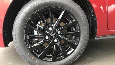 Mitsubishi Attrage CVT 2019 nhập khẩu nguyên chiếc, đủ màu, siêu KM cuối năm cực hấp dẫn, LH ngay: 0981817469 (4)