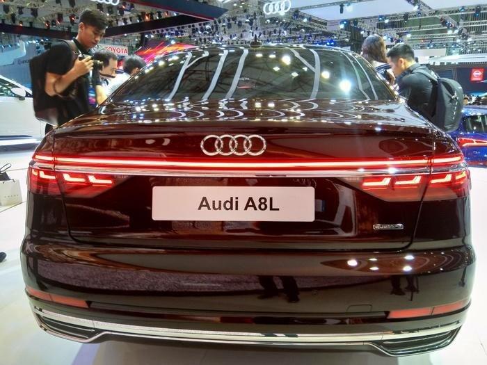 Động cơ xe Audi A8