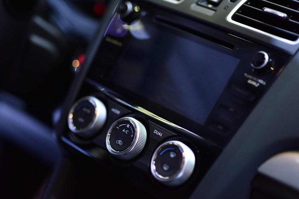 Ảnh chụp điều hoà xe Subaru Levorg 2020