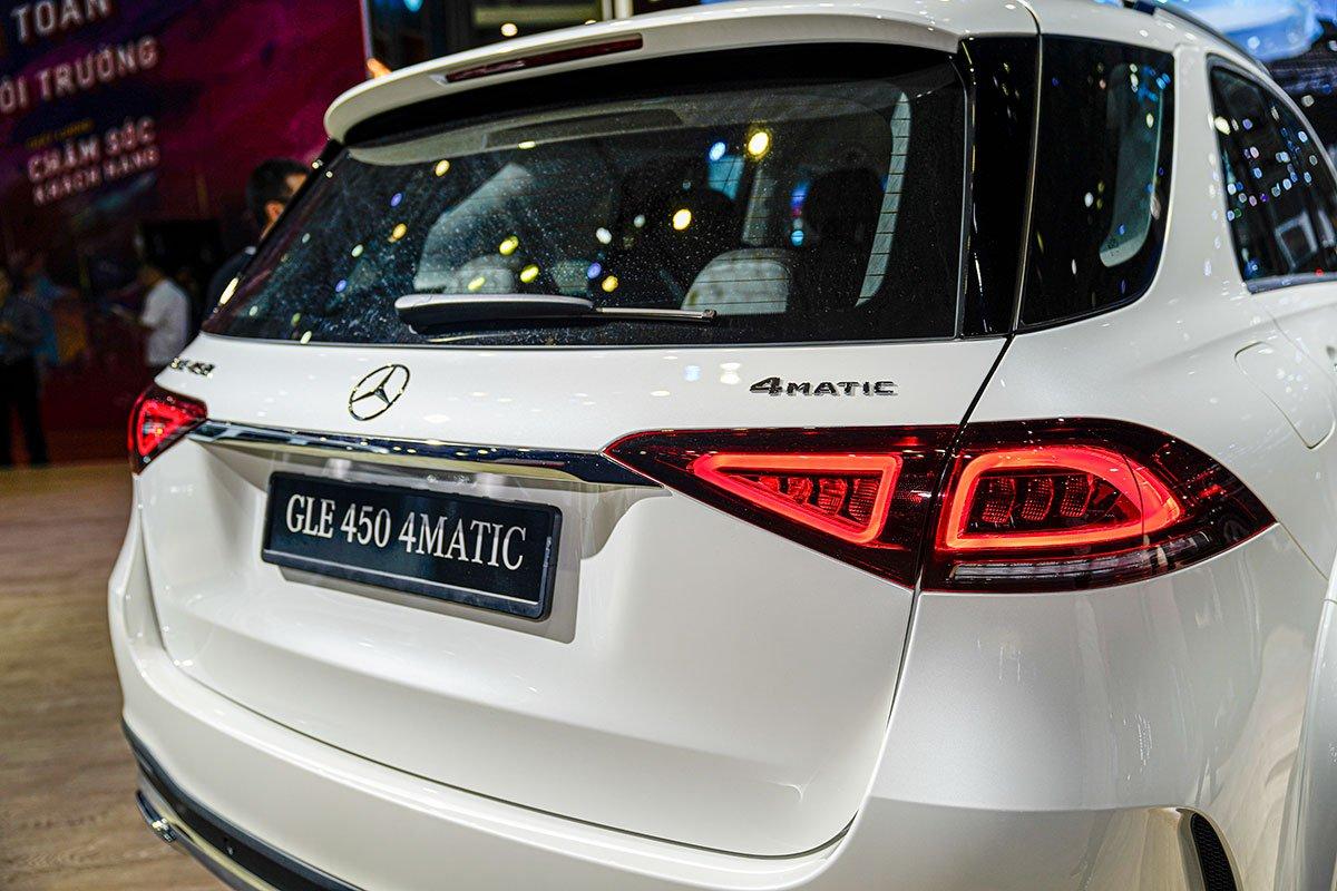 Mercedes-Benz GLE350 2.0 Diesel 2020 vừa cập bến Việt Nam, mức giá đáng nói a16