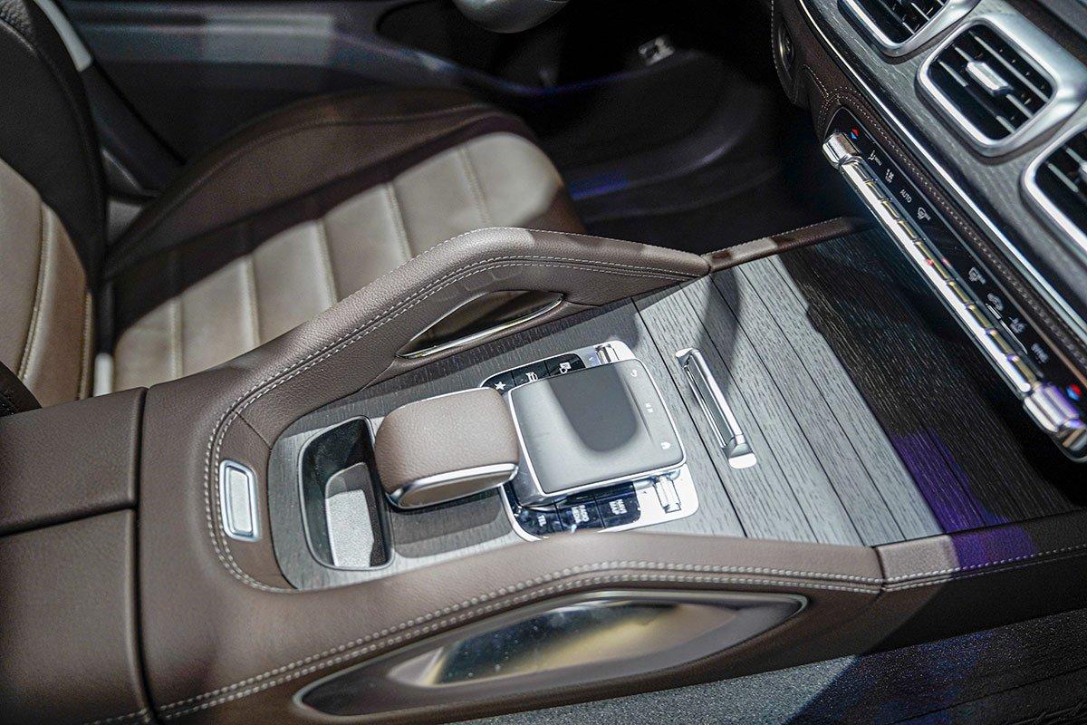Mercedes-Benz GLE350 2.0 Diesel 2020 vừa cập bến Việt Nam, mức giá đáng nói a21