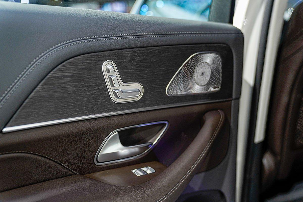 Mercedes-Benz GLE350 2.0 Diesel 2020 vừa cập bến Việt Nam, mức giá đáng nói a24