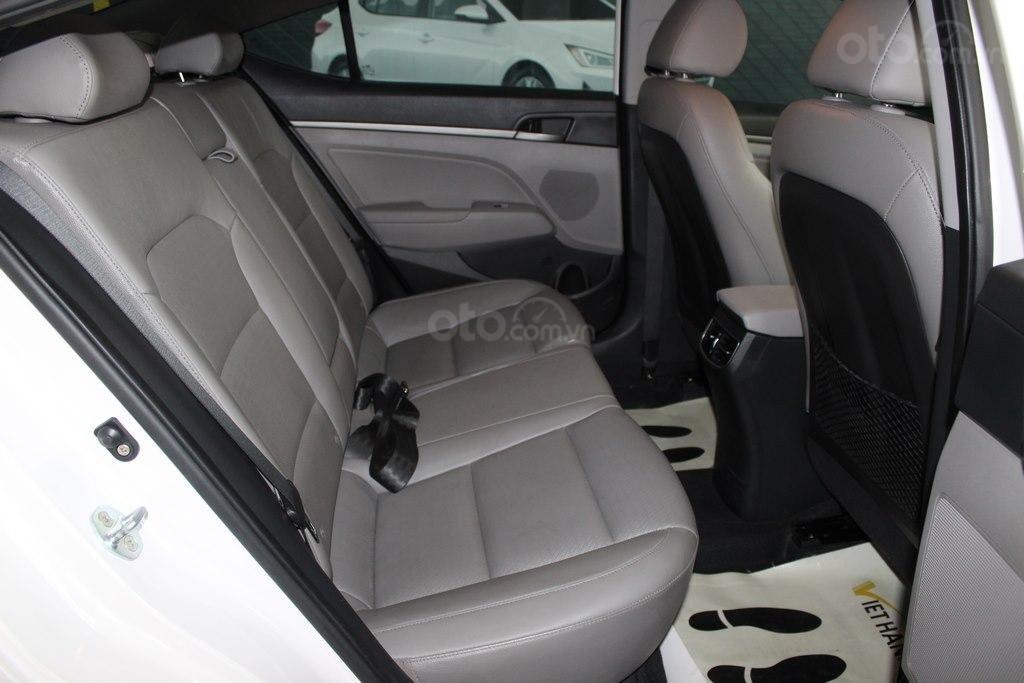 Hyundai Elantra GLS 2.0AT 2016, xe cực bền, có kiểm định chất lượng (7)