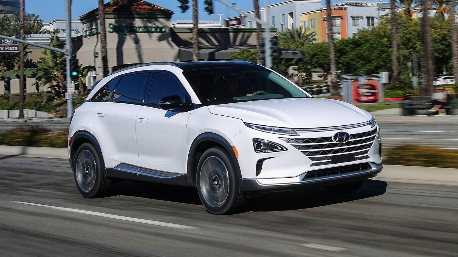 Đánh giá xe Hyundai SantaFe về thiết kế ngoại thât