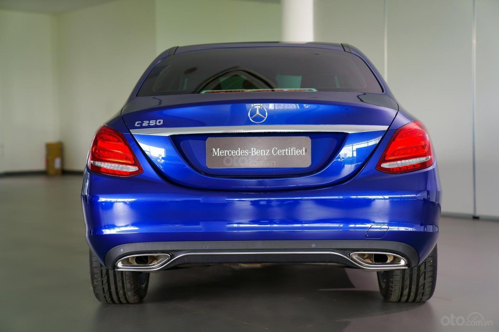 Bán xe Mercedes-Benz C250 Exclusive đăng ký 2019 - 1 tỷ 5 (3)