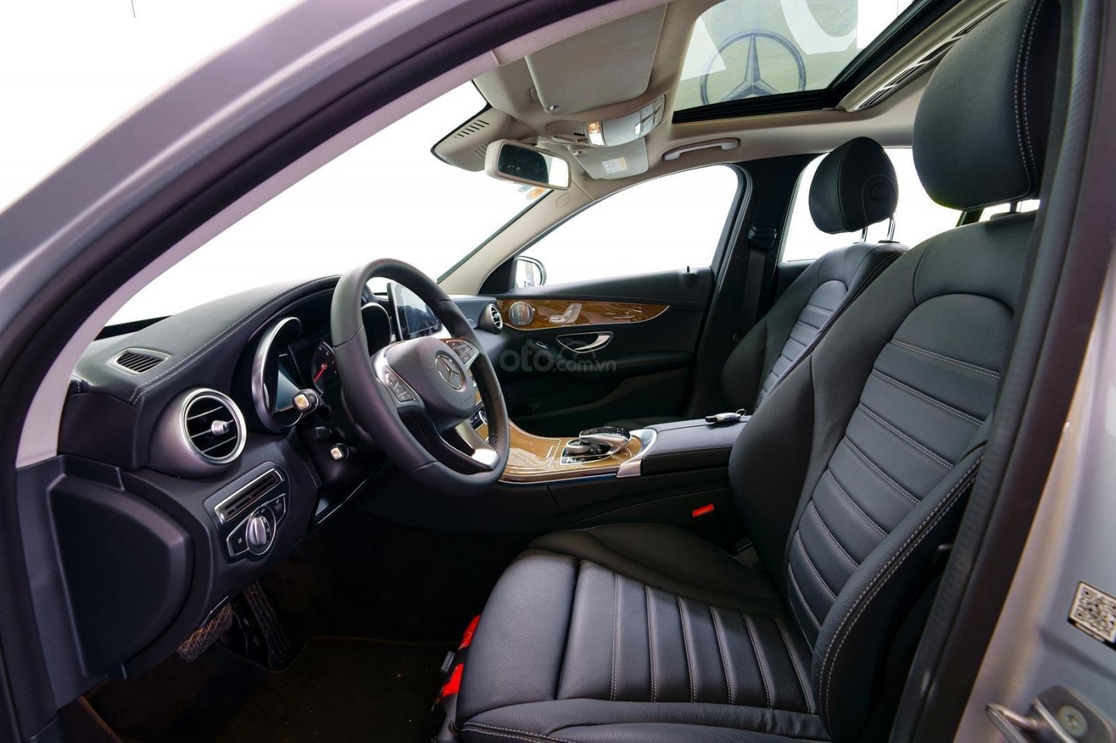 Bán xe Mercedes-Benz C250 Exclusive đăng ký 2019 - 1 tỷ 5 (6)