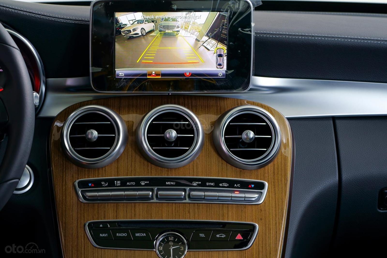 Bán xe Mercedes-Benz C250 Exclusive đăng ký 2019 - 1 tỷ 5 (8)