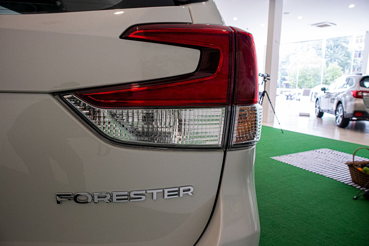 Subaru Forester 2020 tại Việt Nam có gì để đấu Honda CR-V? a9
