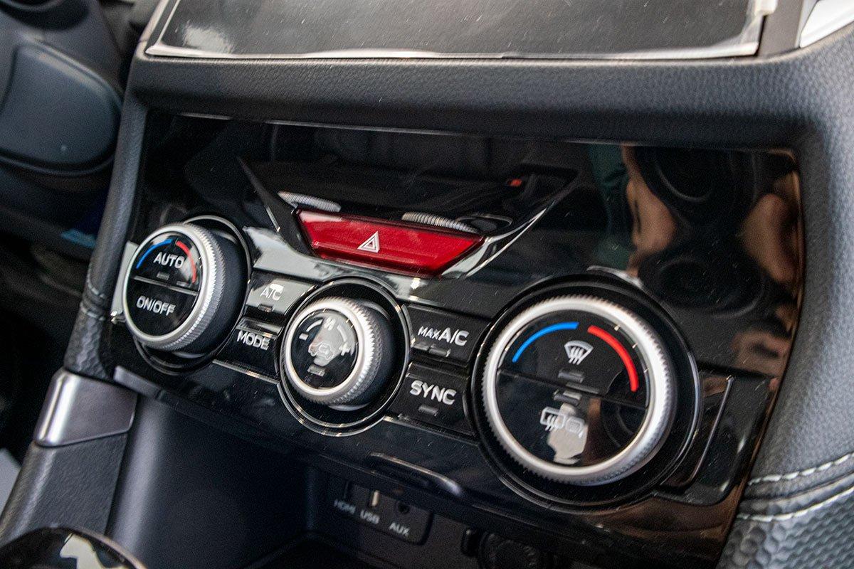Ảnh chụp Điều hoà tự động xe Subaru Forester 2019-2020