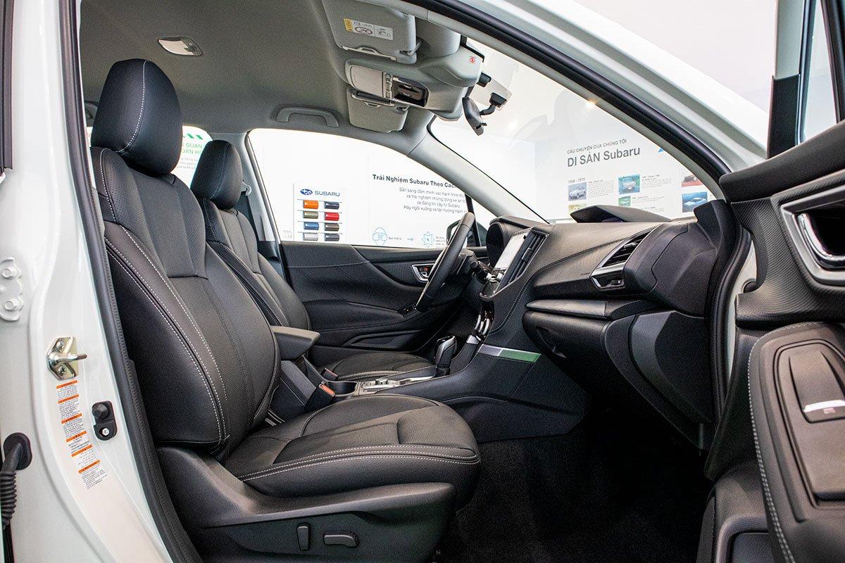 Ảnh chụp ghế trước xe Subaru Forester 2019-2020