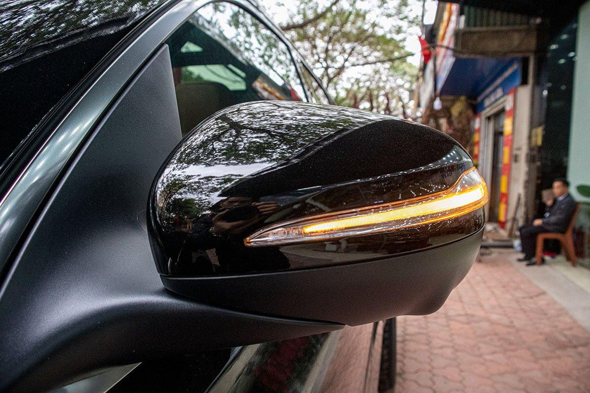 Gương chiếu hậu xe Mercedes-Benz GLE300 Diesel 2020