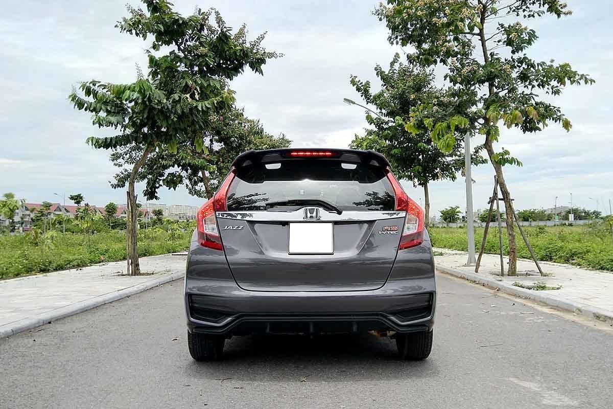 Thiết kế đuôi xe Honda Jazz 2020 1