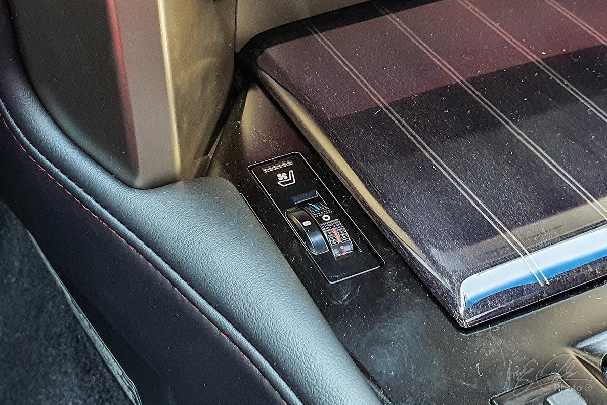Đánh giá xe Lexus GX 460 2020: Tính năng sấy và làm mát hàng ghế trước.