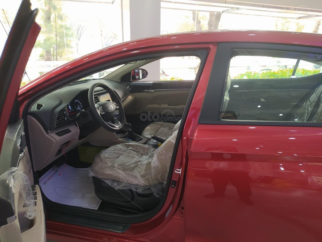 Hyundai An Phú bán Hyundai Elantra giá tốt, góp 90%, xe giao ngay, liên hệ Mr Nghĩa để được hỗ trợ tốt nhất (3)