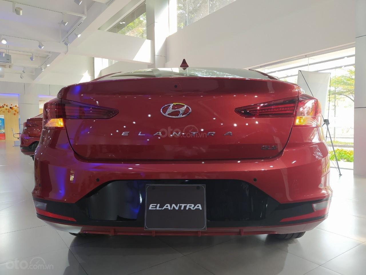 Hyundai An Phú bán Hyundai Elantra giá tốt, góp 90%, xe giao ngay, liên hệ Mr Nghĩa để được hỗ trợ tốt nhất (6)