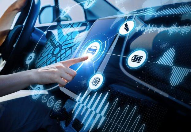 Trải nghiệm các công nghệ mới trên xe và yêu cầu hỗ trợ, hướng dẫn là điều quan trọng