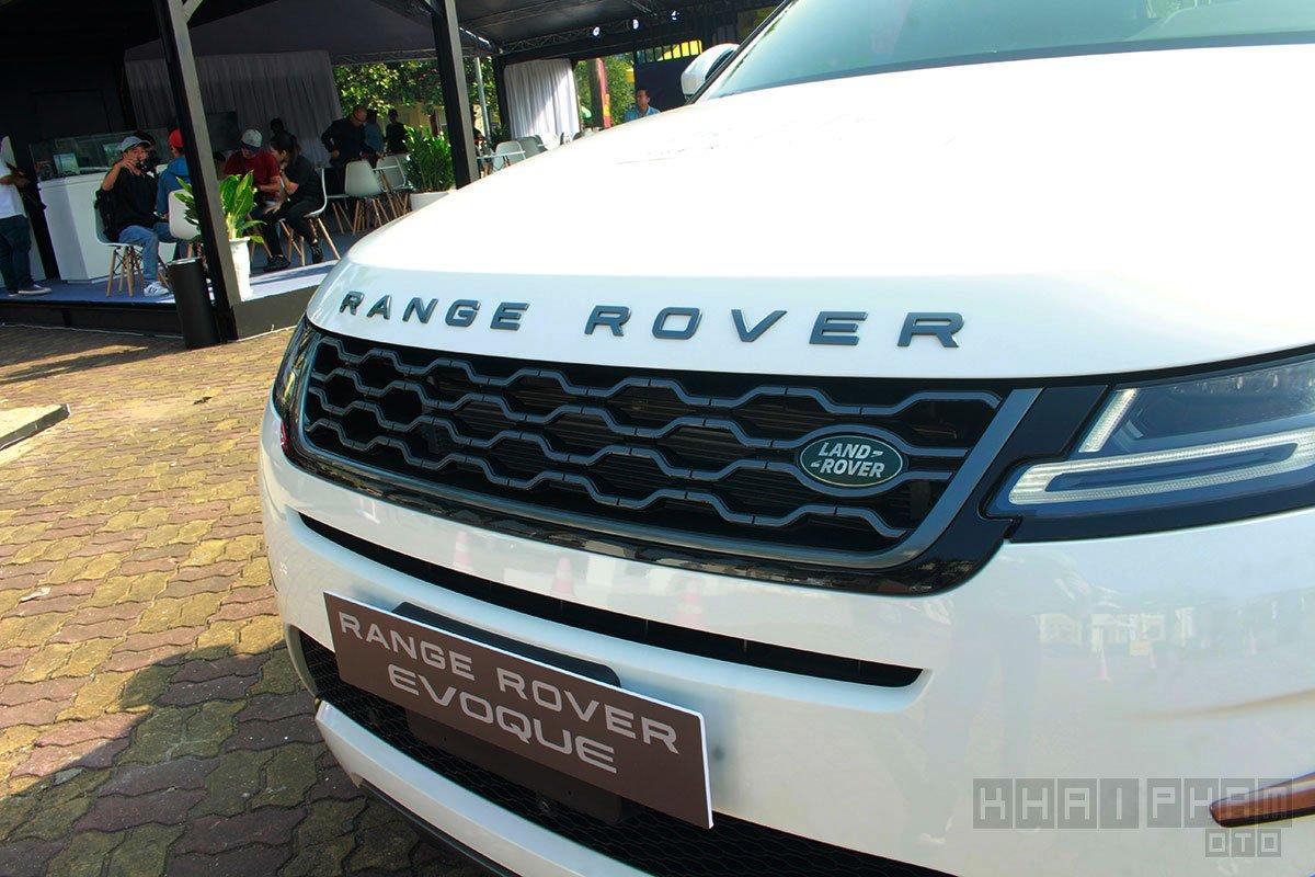 Lưới tản nhiệt xe Land Rover Range Rover Evoque 2020 đèn pha