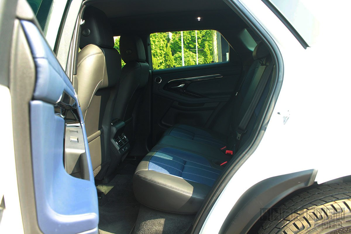 Land Rover Range Rover Evoque 2020 ghế sau