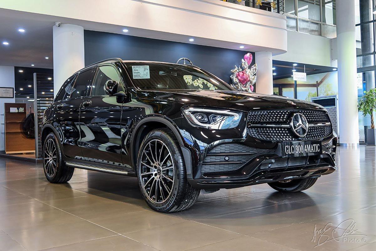 Mercedes-Benz GLC 2020 vẫn là sự lựa hàng đầu khi khách hàng muốn mua một chiếc Crossver 5 chỗ nhỏ gọn sang trọng.