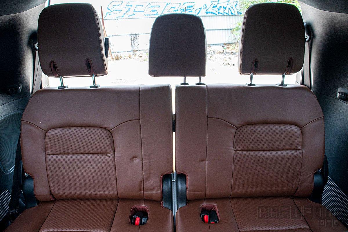 Ảnh chụp ghế thứ 3 xe Toyota Land Cruiser 2020