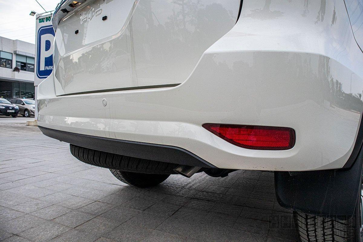 Cản sau xe Toyota Fortuner 2020