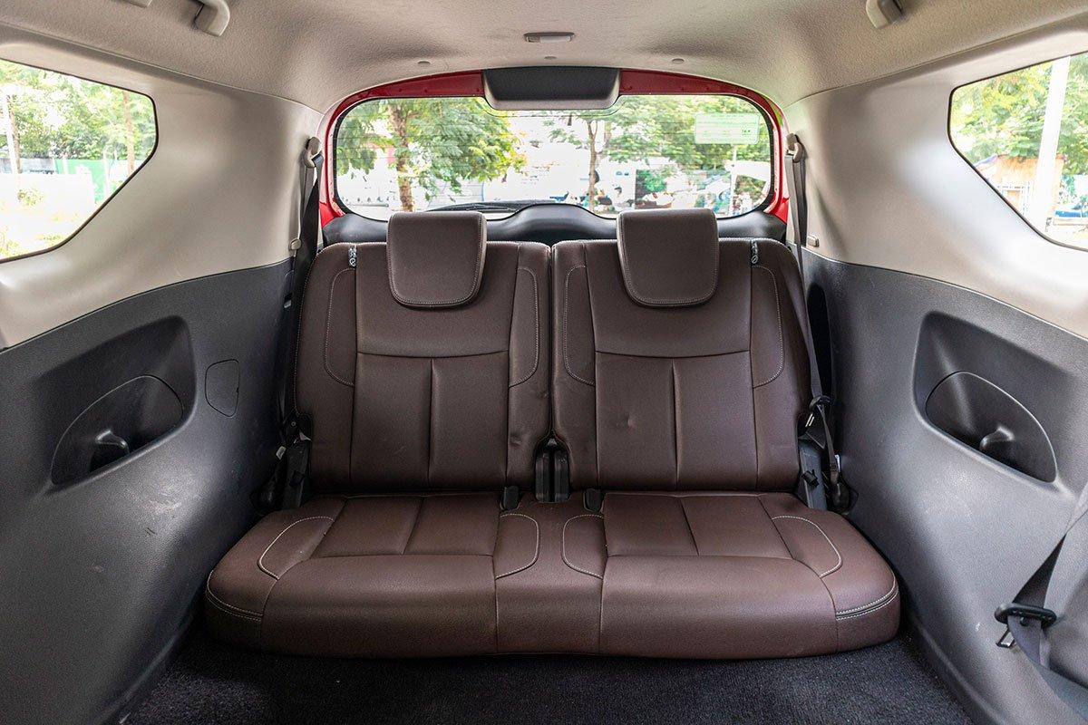 Ảnh chụp ghế thứ 3 xe Nissan Terra 2020