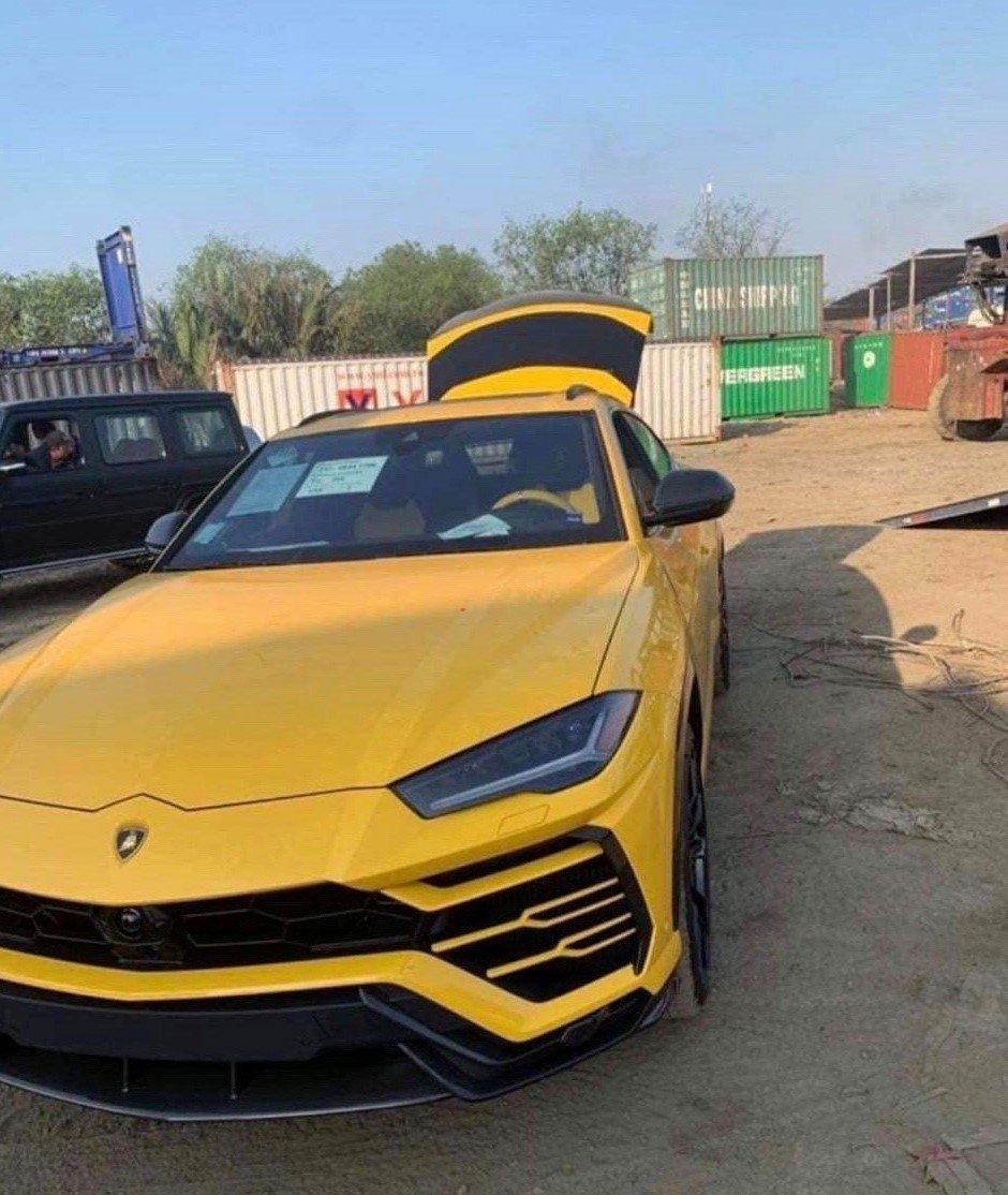 """Soi"" siêu SUV Lamborghini Urus mới tậu của con trai Bầu Hiển a3"