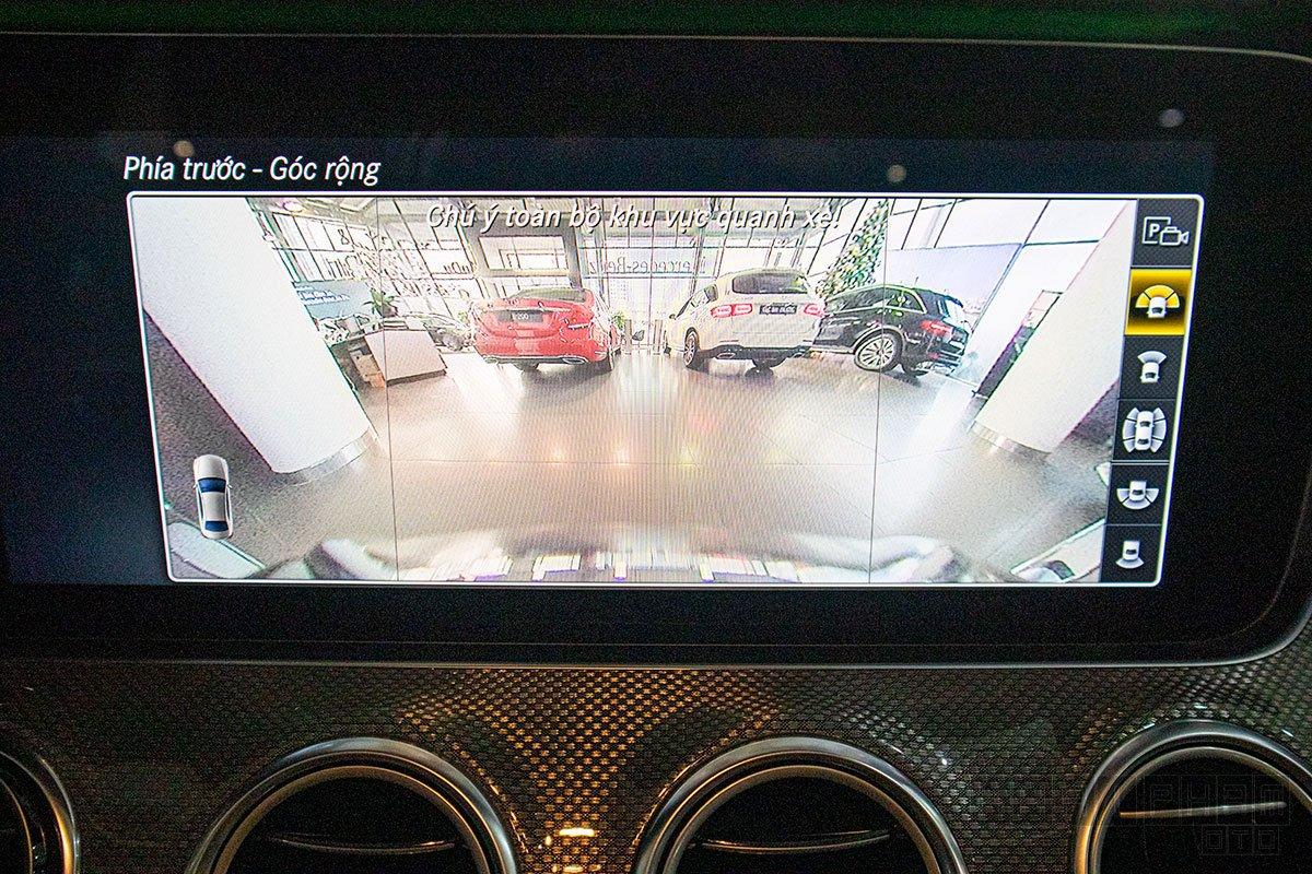 Hình ảnh camera 360 độ xe Mercedes-Benz E300 AMG 2020