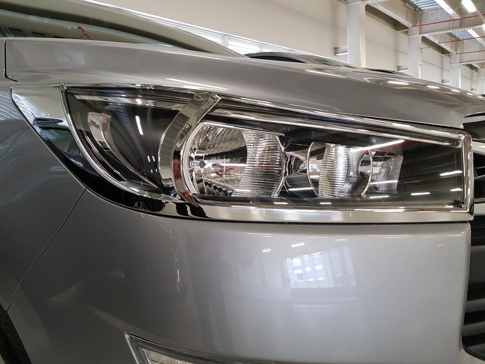 Toyota Innova E 2020 - Đại lý cấp 1- Đập thùng 142tr + phí lấy xe, vay 80% góp lãi thấp (4)