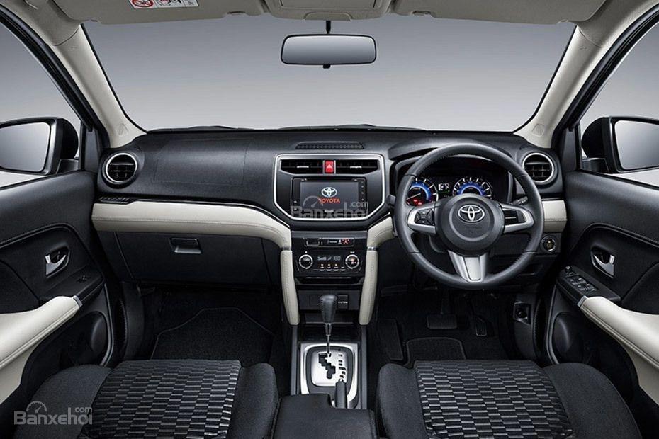 Nội thất xe Toyota Rush