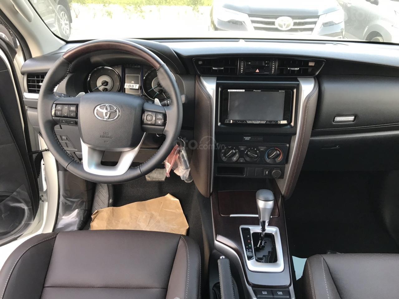Toyota Fortuner 2.4 G số tự động 1 cầu 2020 tặng thuế TB, tặng BHVC + phụ kiện cao cấp, trả góp từ 300tr - LH 0942456838 (4)