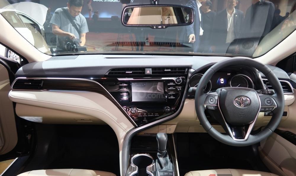 Bán Toyota Camry 2.5Q nhập Thái Lan, giao xe ngay, đủ màu, LH 0942456838 để nhận KM cực lớn (4)