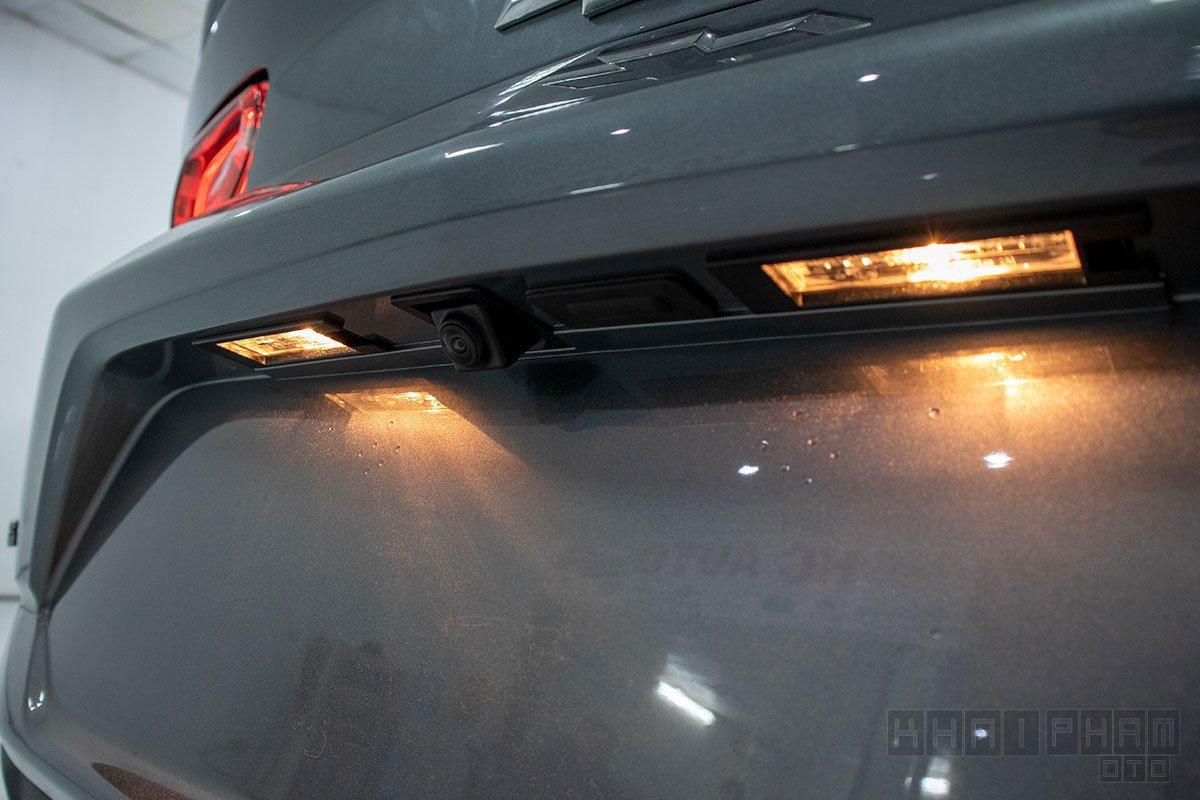 Hình ảnh camera lùi xe Chevrolet Camaro mui trần 2019-2020